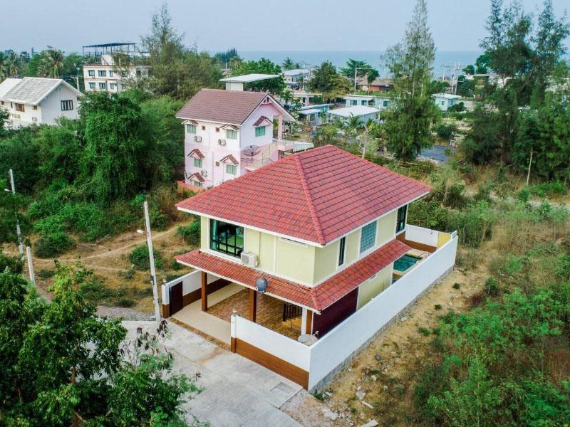 ลี พูล วิลล่า ปราณบุรี